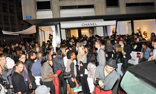 Chanel crowd